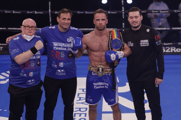 Bentley vs Cash: Felix Cash on the money as he wins British middleweight title