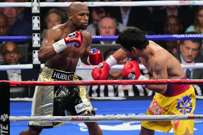 Doctor dismisses Manny Pacquiao's bull**** injury claim against Mayweather