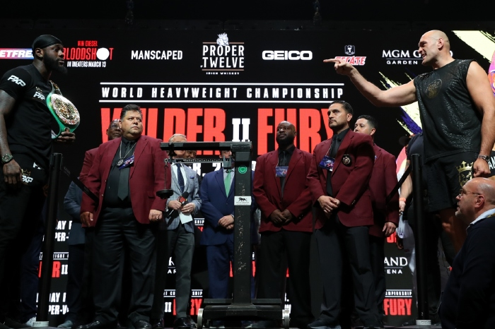 [Deontay] wants the blood [of Tyson Fury], not that step-aside money. Retribution is upon us'.