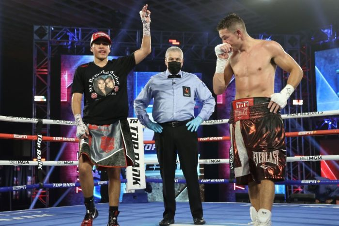 Gabriel Flores decisions Ryan Kielczweski despite getting rocked in the opening rounds [photo credit: Mikey Williams]