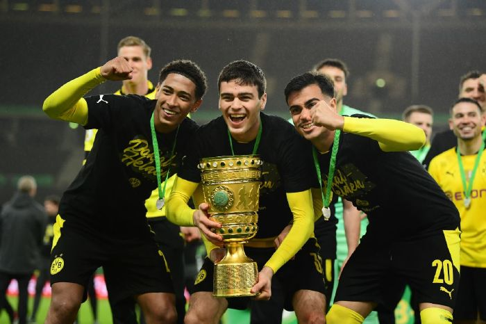 Giovanni Reyna grabbed his first senior trophy as Dortmund crushed RB Leipzig 4-1 in the DFB-Pokal final