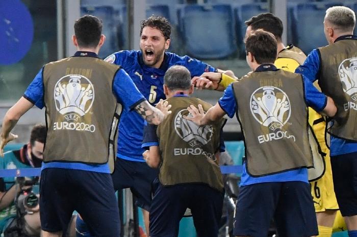 Locatelli celebrates his goal against Switzerland