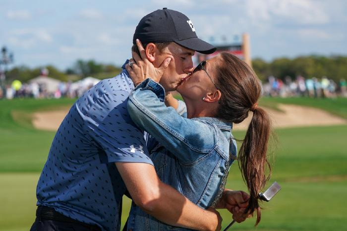 Jordan Spieth celebrates with wife Annie.