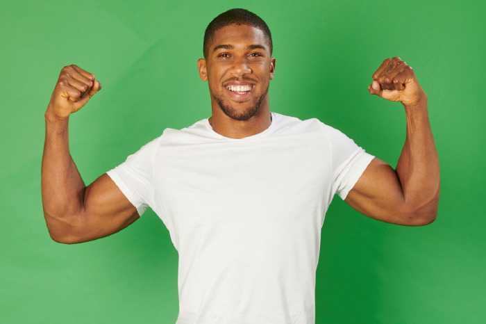 Anthony Joshua signs heavyweight names for new cycling agency