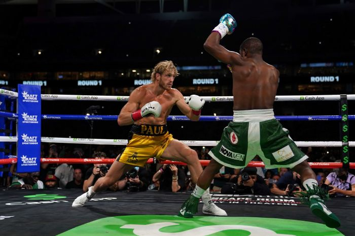 Logan Paul: Tyson Fury messaged me about a fight with our brothers on the undercard