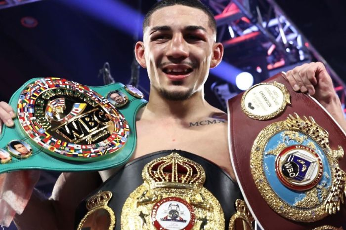 Teofimo Lopez becomes unified lightweight champion [photo credit: Mikey Williams]