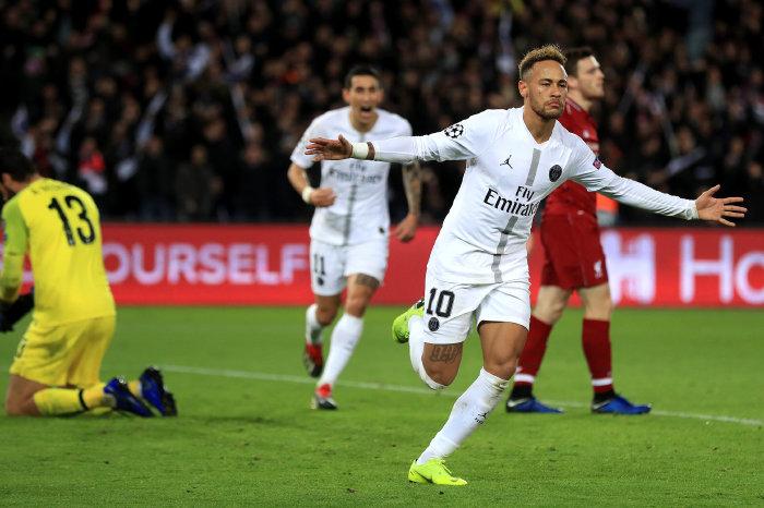 Neymar Jr reels away for PSG