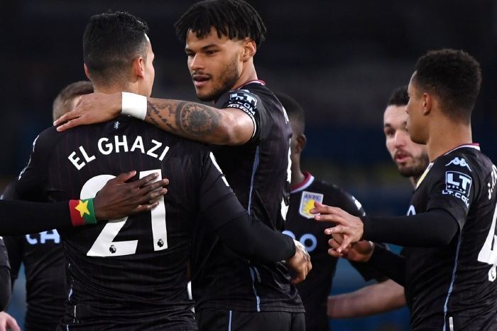 Aston Villa Celebrate against Leeds