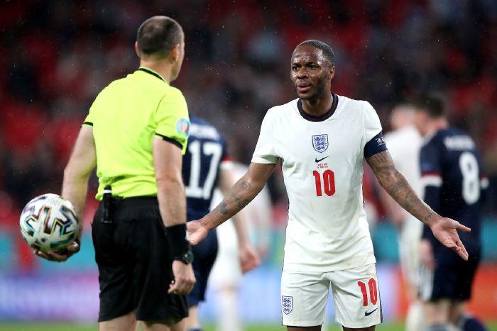 England struggled against Scotland