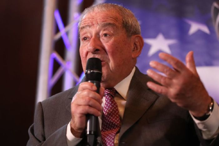 Bob Arum has claimed that Shelly Finkel has not even read the contract for the trilogy fight between Deontay Wilder and Tyson Fury