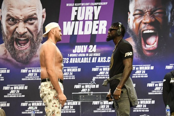 Malik Scott has predicted that Deontay Wilder will knock Tyson Fury out inside five rounds on October 9.