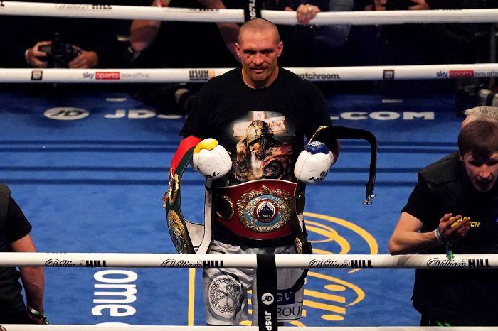Oleksandr Usyk defeats Anthony Joshua to become unified heavyweight champion