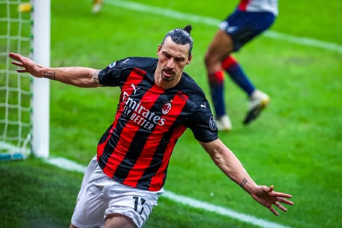 Zlatan Ibrahimovic celebrates his 500th club goal in AC Milan's 4-0 win over Crotone