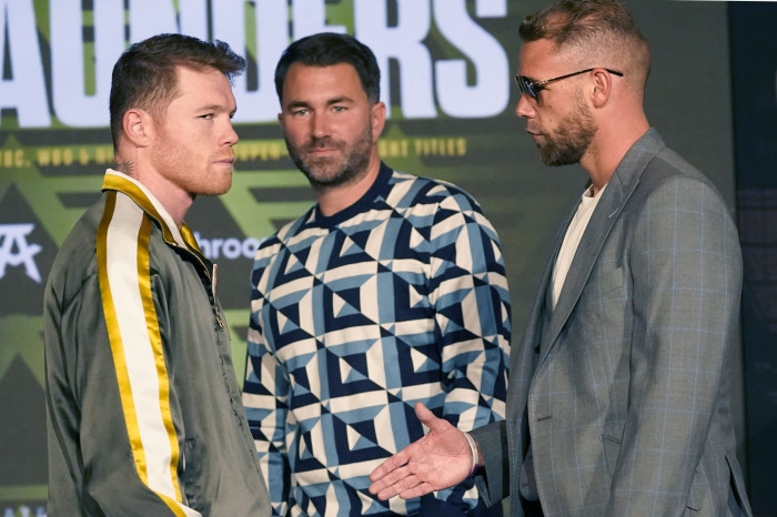Exclusive: Reason behind verbal altercation between Canelo and Team Saunders revealed