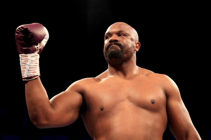 Dereck Chisora ready to 'eat leather' to land knockout blow on Oleksandr Usyk