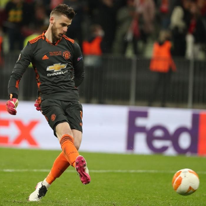 David De Gea misses the crucial penalty in the Europa League final against Villarreal