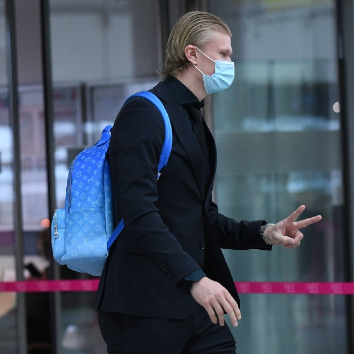 Erling Haaland arrives in Manchester ahead of Borussia Dortmund's Champions League clash with Manchester City.