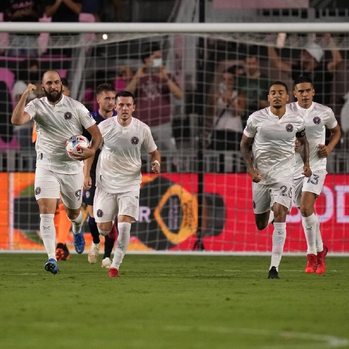 Gonzalo Higuain celebrates scoring for Inter Miami against Orlando City, MLS, 2021